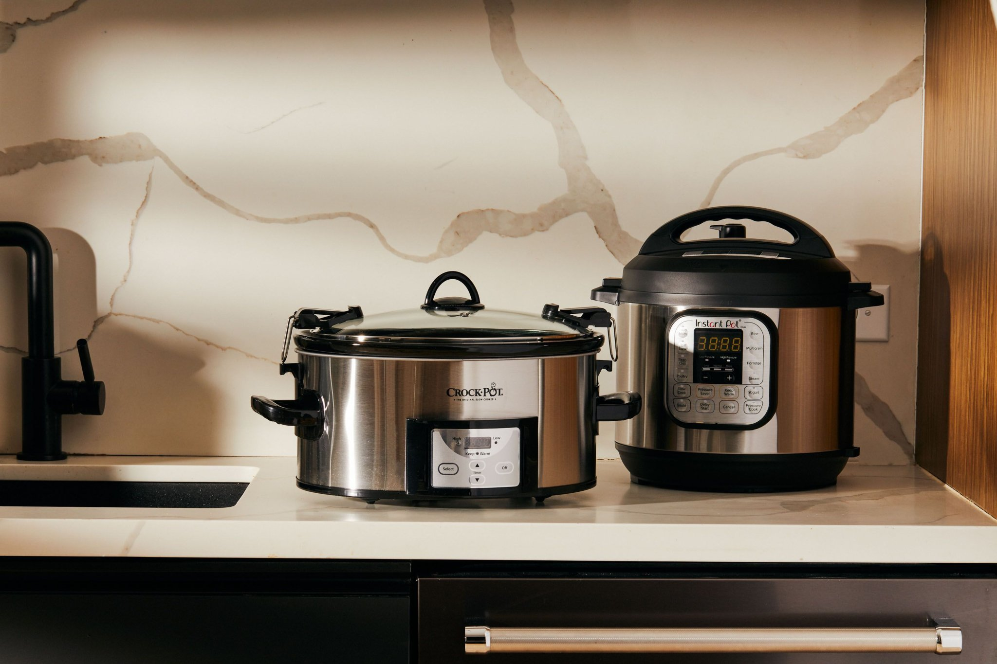 Instant Pot vs Crock-Pot: Which Is Better for You?
