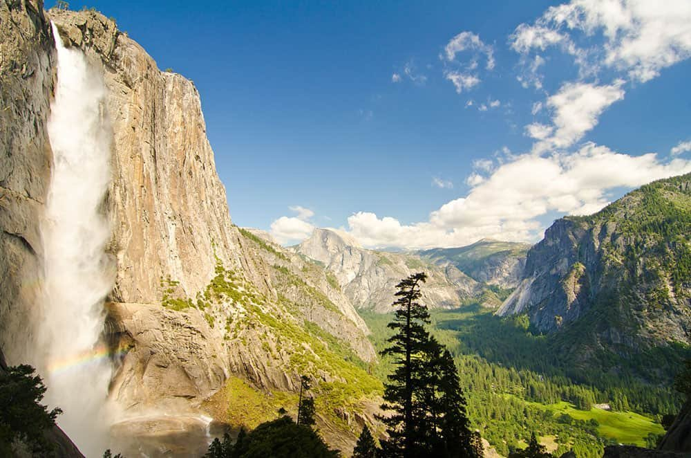 THE MOST STUNNING WATERFALLS IN CALIFORNIA