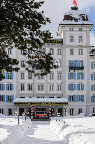 The Latest: Swiss hunt down virus variant in St. Moritz