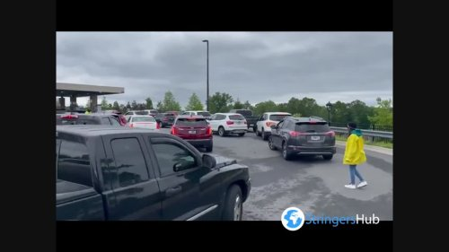US: Long Lines Outside Gas Stations Spread Across Southeast