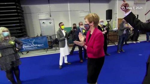 Scottish nationalists win majority in parliament