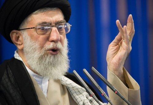 Irán, EEUU y potencias trabajan para llegar a acuerdo pacto nuclear antes de junio: fuente UE