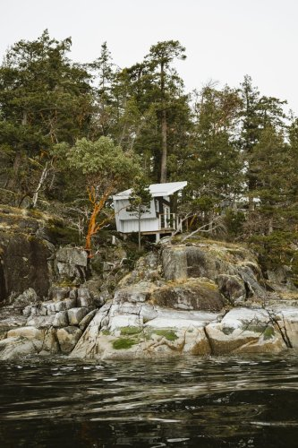 Luxury in Nature in Canada: From Mega-Cabins to Glamping to Glacial Fine Dining