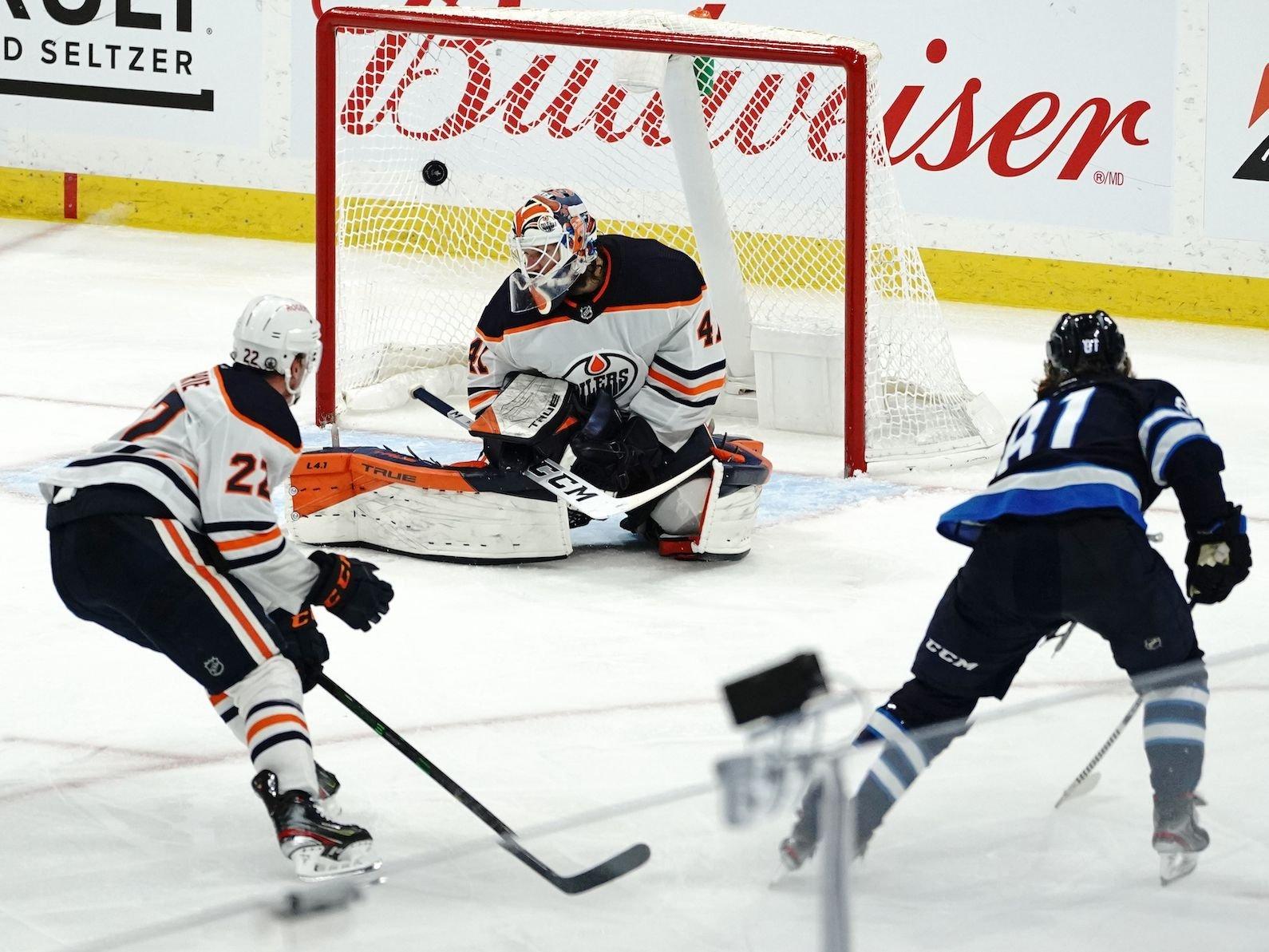 Winnipeg Jets sweep Edmonton Oilers with triple-overtime win
