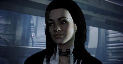 Mass Effect Fan Shows Off Miranda Lawson Cosplay