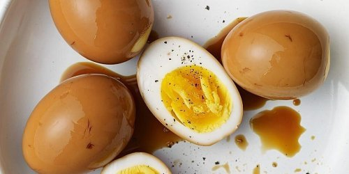 Why Eggs Should Always Be In Your Fridge