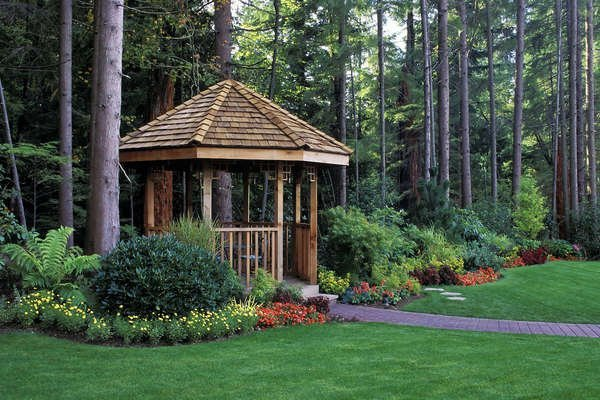 10 Gazebo Kits You Can Buy and Build Yourself