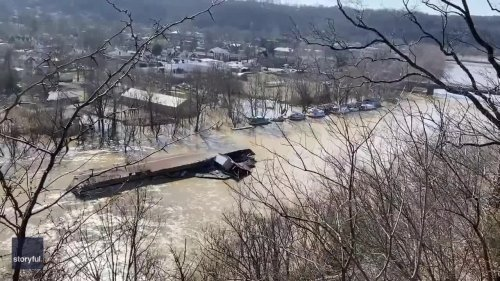 'Runaway' Marina Floats Along Kentucky River in Frankfort