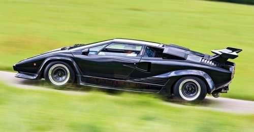10 Ridiculous Facts About Lamborghini's Cars