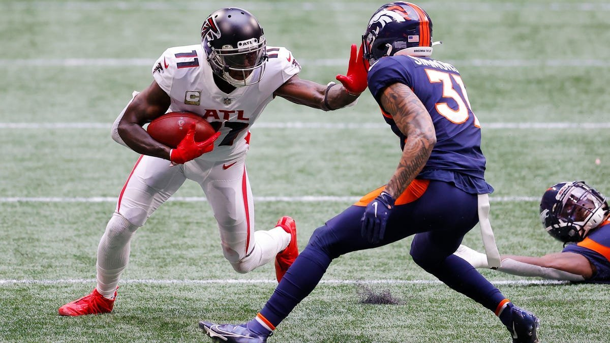 NFL: Which Team Would Most Benefit From Adding Julio Jones?
