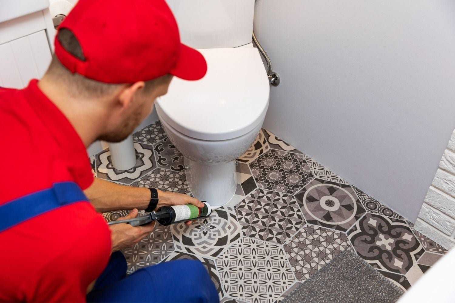 Solved! The Great Debate on Caulking Around the Toilet