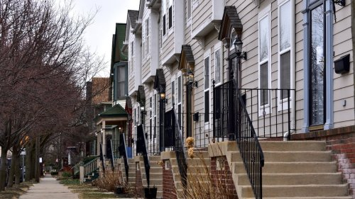 Black borrowers missed out on mortgage refinancing boom, Fed study finds
