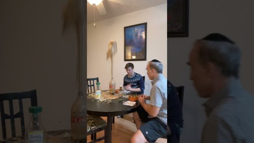 Kid Pops 'Coke and Mentos' Prank At Dinner Table