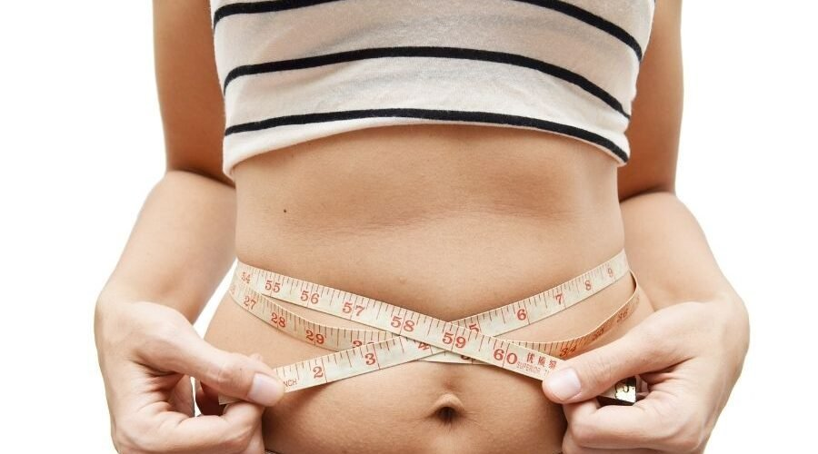 People Who Lose Belly Fat Fast Eat These Foods Regularly, Say RDs
