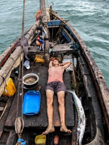 Fishing: 10 Awesome Photo Essays Showcasing the Sides You Haven't Seen