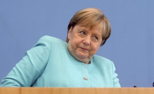 The Latest: Germany to recommend shots for those 12-17