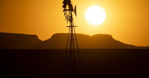 Texas power grid asks users to conserve during blistering heat wave