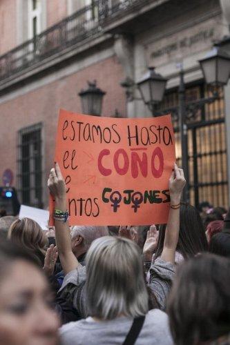 POLÍTICA cover image