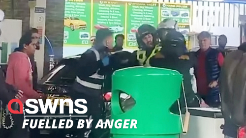 Fight breaks out between customers at London petrol station
