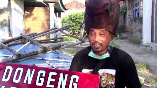 Indonesian activist uses fairy tales to fight coastal erosion