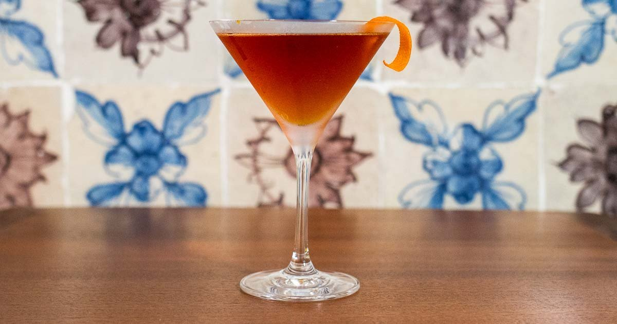 10 Gin Cocktails for a Swoony Soiree