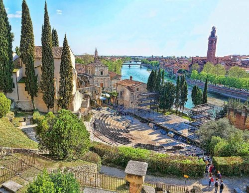 VENICE AND VERONA - TWO BEAUTIFUL VENETO CITIES