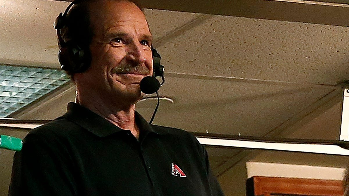 Bob Brenly has always been a turd