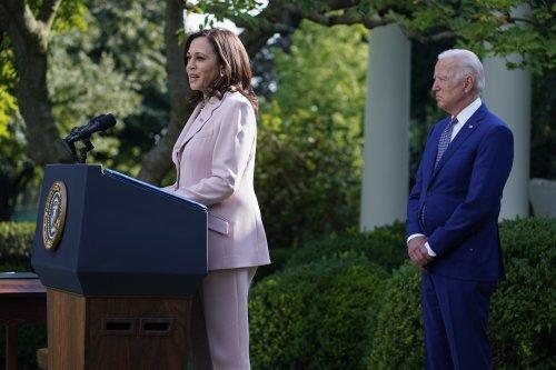 Biden signs bill awarding medals to Jan. 6 first responders