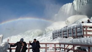 Niagara Falls Freezes With Incredible Spectacle of Ice and Rainbows