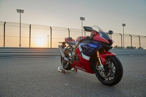 2021 Honda CBR1000RR-R Fireblade SP Second Review   MC Commute
