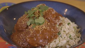 You Have to Try to Make This Mole Chicken Right Now!