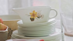 Kitchen Items You Should Always Buy When You See Them at a Thrift Store