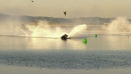 These Speedboat Racing Crashes Will Make You Cringe