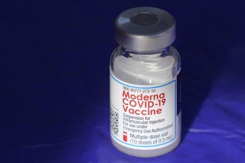Moderna COVID-19 vaccine tallies more than $4B in Q2 sales