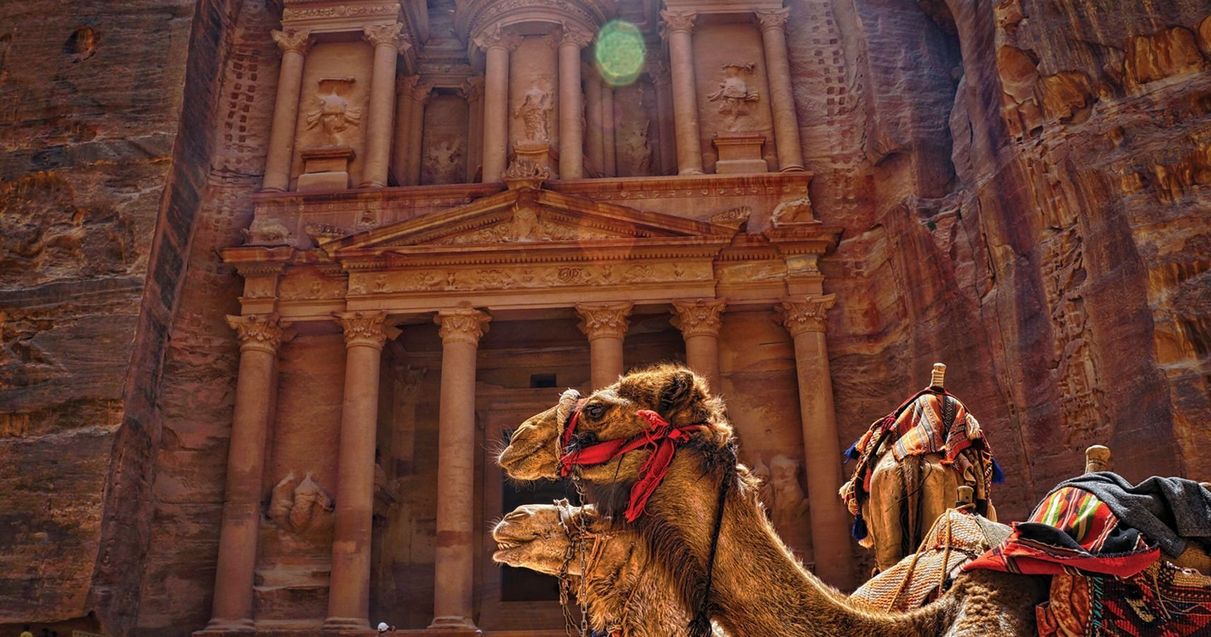 How To Visit The Mesmerizing Canyon Complex Of Petra In Jordan