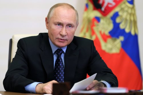 Europe gas prices drop on Putin's order to fill EU storages