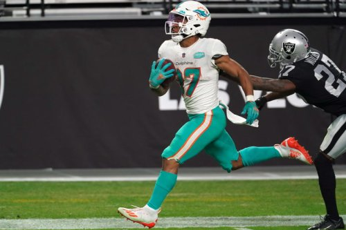 2021 Fantasy Football Running Back Rankings: Mike Davis and Myles Gaskin Surface in RB2 Territory