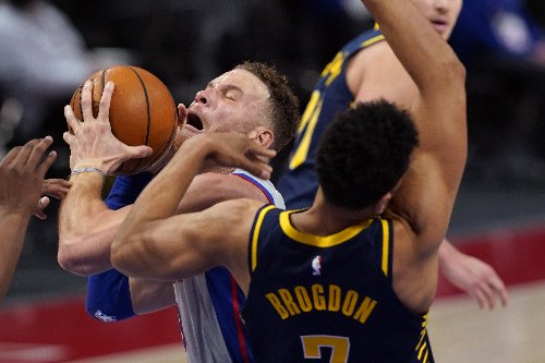Blake Griffin, Detroit Pistons agree to buyout