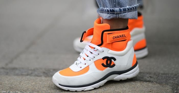 This nostalgic sneaker has returned to make your outfits 100 times cooler