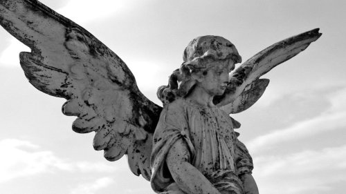 9 Types of Angels — Plus Other Heavenly Facts
