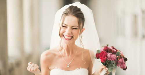 Planning a Wedding? Here's How to Pay For Your Big Day (And Earn Rewards!)