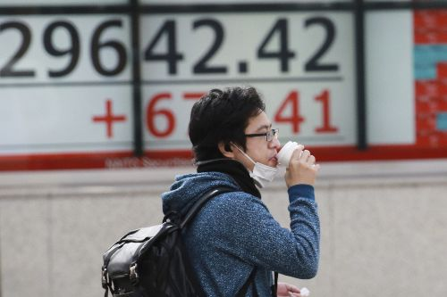 Global shares rise on hopes for US stimulus package