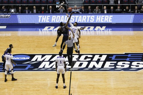 NCAA memo: Emmert urges schools to act on NIL or he will