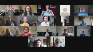 Soothing Singing! COVID Sufferers Take Online Classes From Choir To Receive Breathing Techniques!