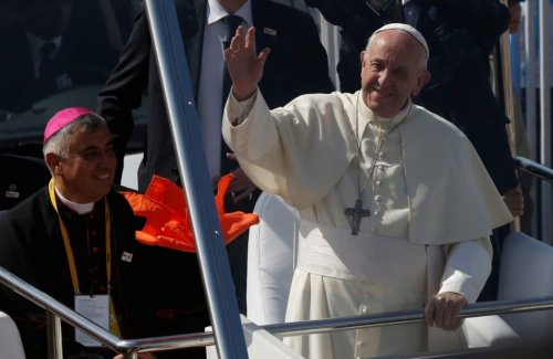 Pope angers Chile after backing bishop accused of covering up sexual abuse