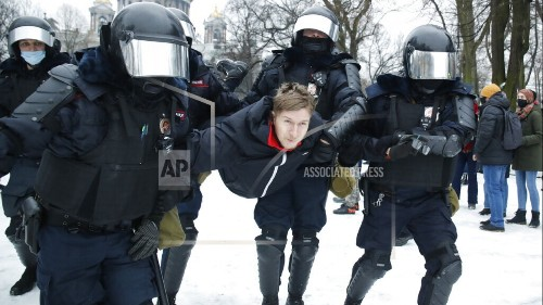Hundreds Arrested in Russia over Navalny Protests