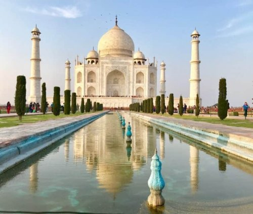 India: Bollywood, Spices, and Chaotic Experiences!