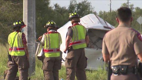 Ten migrants dead after overloaded van crashes in Texas