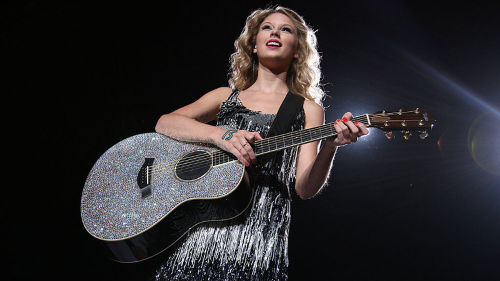 Taylor Swift Forges Ahead & More Music Reviews