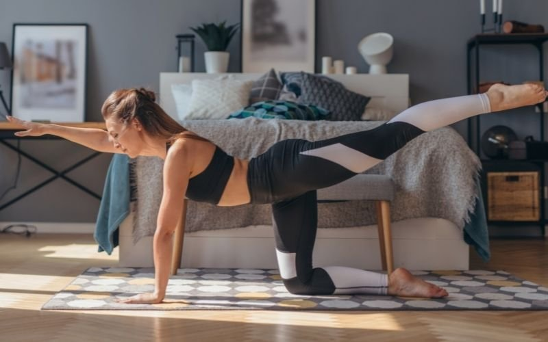 The Best Bodyweight Exercises to Burn Fat and Lose Weight By Summer